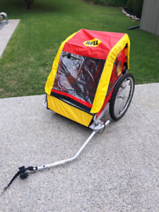 Bike Trailer Like New *Delivery Available*