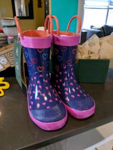 *NEW* Kamik rain boots (toddler size 9)
