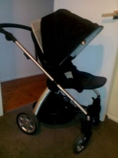 Pram Mamas and Pappas Sola with Bassinet Frenchs Forest Warringah Area Preview