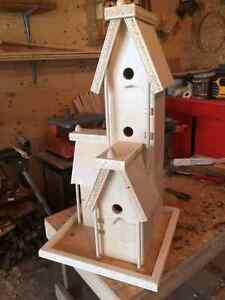 LOOKING for an artist to paint my birdhouse in Shabby Chic style