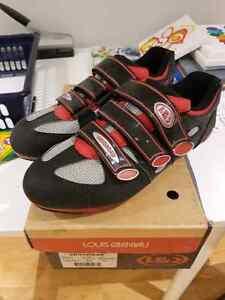 New Louis Garneau Cycling Shoes  Men's (44)