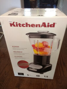 KitchenAid KSB565OB 5-Speed Blender with Glass Jar, Onyx Black