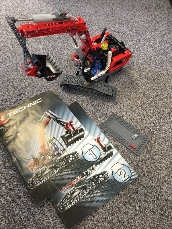 """Lego Technic 8294 Excavatorin Wollaton, NottinghamshireGumtree - Lego Technic 8294 Excavator Item is 100% complete (including extra pieces to make the """"B"""" model) and A model instructions too.Item currently built as the A model, can be dismantled for collection if you prefer"""