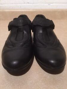 Women's Geox Respira Leather Shoes Size 8.5 London Ontario image 5