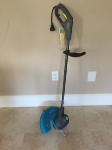 Brand New Electric YARDWORKS Trimer  12""