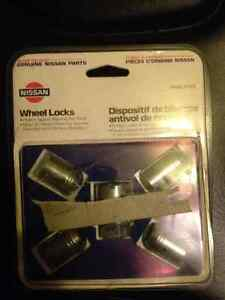 locking wheel nuts 96-04 nissan pathfinder for sale $5 OBO