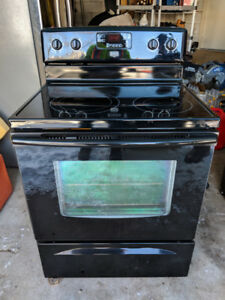 Maytag Electric Glass Top Stove