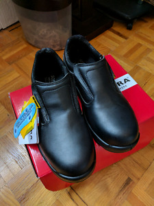 Cofra Kendall Slipon steel toed work shoes