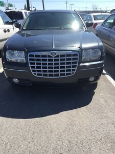 Chrysler 300 07 with only 117km ‼️URGENT SALE ‼️
