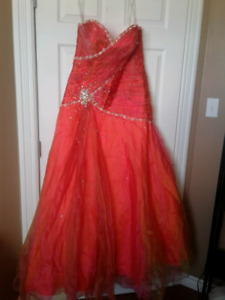 Tony bowls prom gown/dress, brand new, tags still on.