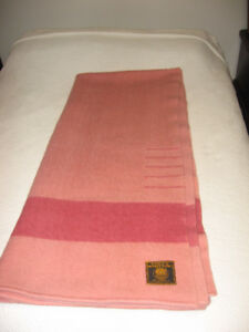 Vintage Early's Witney Point 5 Point Wool Blanket Queen / King