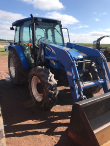 USED NEW HOLLAND TL80A TRACTOR WITH LOADER