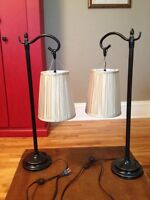 2 lamps