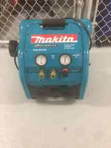 compresseur MAKITA MAC2400