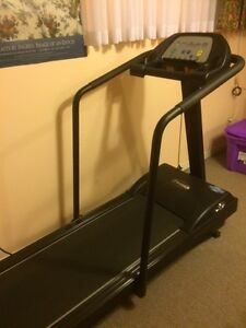 Treadmill and rowing workout machines