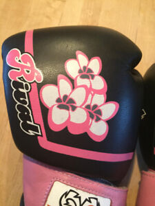 Girl/woman Rival Pro Sparring boxing gloves - 12 oz