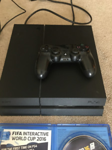 CONSOLE PLAYSTATION 4 EXCELLENT CONDITIONS