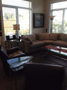 Parksville Exec TH Furnished; $2,600/mo + util.,fees