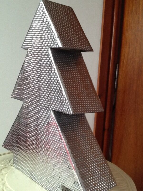 Lovely silver coloured modern metal Christmas tree