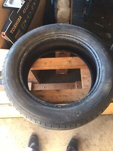 Selling pair of Michelin and Aeolus performance tires London Ontario image 1