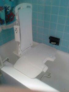 BATTERY OPERATED BATH CHAIR