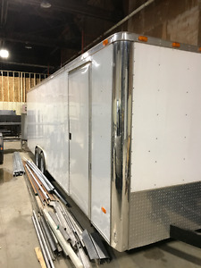 24 ft enclosed trailer 2014