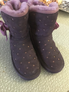 Uggs size 12 kids size