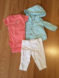 Carter's newborn going home outfit - girls Cornwall Ontario image 1