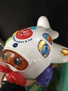 Vtech Fly & Learn Airplane Cambridge Kitchener Area image 1