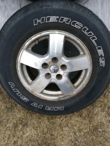 4 Dodge 225/75R/16 rims and tires with sensors