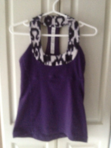 Lululemon scoop neck tank size 4