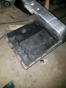 Plastic tool box for truck 6'  for $100
