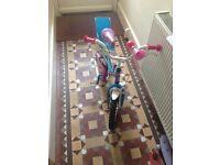 Girls bike aged 4-7