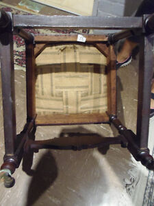 4 Luxurious Antique Rolling Dining Chairs: GORGEOUS, Vintage! London Ontario image 5