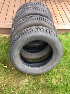 Firestone Winterforce 2  Snow Tires 215/60R16
