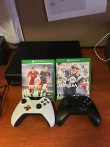 Xbox One- Great Condition- With 2 controllers including 2 games