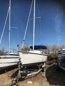 Hunter 23, Excellent Condition, Great Day Sailor/Weekender!!
