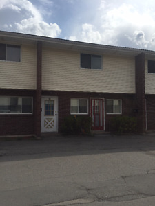 LARGE 2 BEDROOM TOWNHOUSE NEW GLASGOW