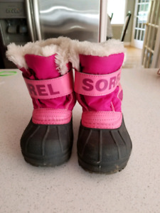 Sorel toddler girl winter boots size 6