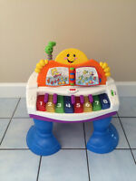 Fisher Price -  Laugh & Learn Baby Grand Piano