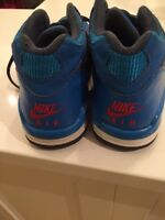 Basketball Sneakers size 7
