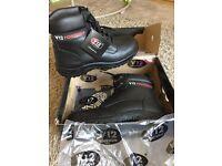 V12 safety boots size UK10