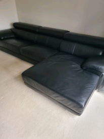 Large DFS black leather corner sofa...very good condition...rrp 3200£