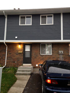 Available Now! Great 3 Bedroom Townhouse for Rent