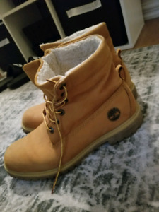 Timberland boots. Size 10. Great condition.