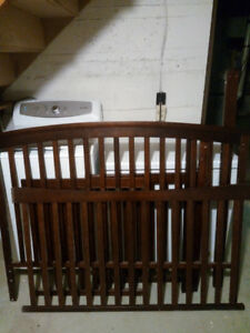 Dark brown 3in1 crib