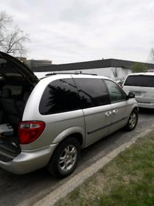 Dodge caravan inspecté