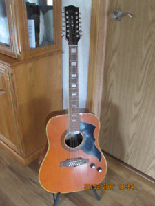 antique guitar