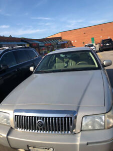 2010 Mercury Grand Marquis LS $1900