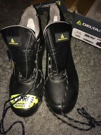 Delta plus sault s3 SRC 10.5uk steel toe boots